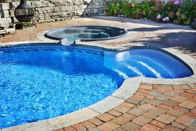Pool Cleaning FUll Service
